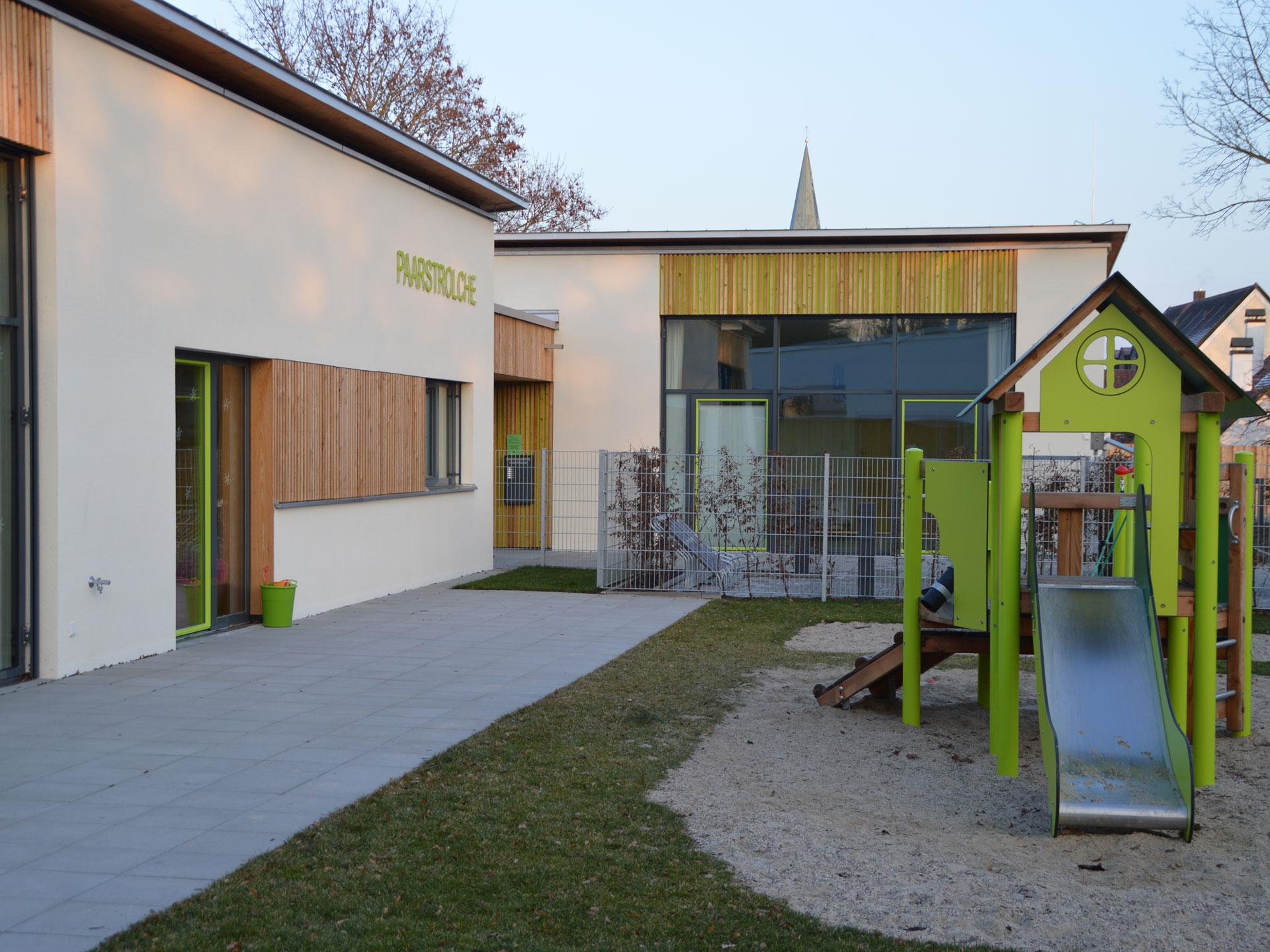 Grossansicht in neuem Fenster: Außenansicht Kindertagesstätte Paarstrolche 6